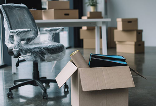 Imballaggio mobili ufficio