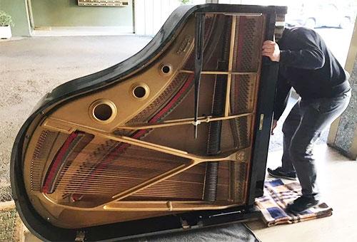 Trasloco pianoforte a coda